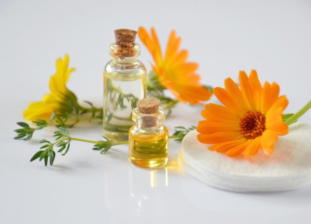 essential oils, cosmetology, oil cosmetic